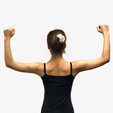 肩こりや悪い姿勢になる原因に!/①なで肩の治し方